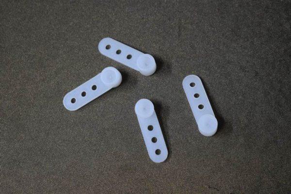 מתלה פלסטיק לתליית וילון סיכות