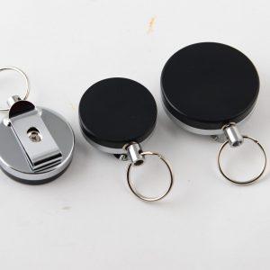 מחזיק מפתחות קפיץ פלסטיק קטן