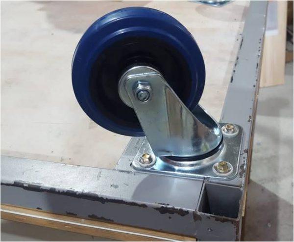 גלגל תעשייתי כחול